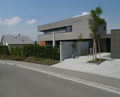 Moderne Vorgärten Mit Kies by Homely Ideas Vorgarten Modern Gestalten Mit Carport