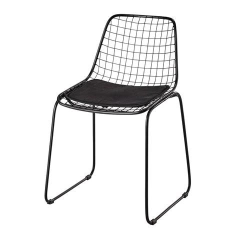 chaise design metal noir chaise en métal noir picpus maisons du monde