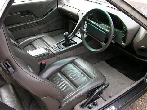 In 1976 the 924 was available only in europe. File:1987 Porsche 928 S4 interior.jpg - Wikimedia Commons