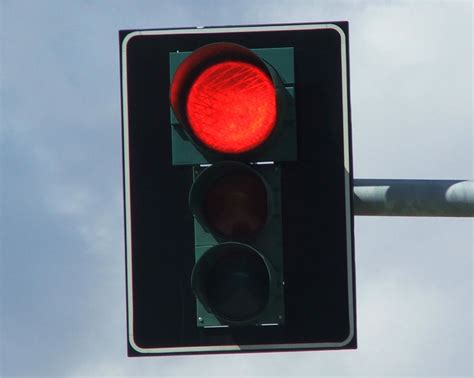 stop light picture tell them when to stop and go like a traffic light smoke