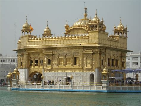 Golden Temple Of Amritsar In India Youtube