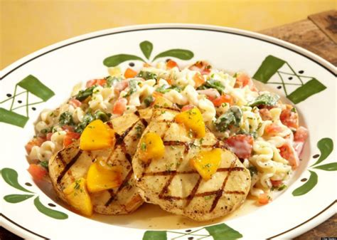 olive garden food olive garden dishes you won t find in italy huffpost