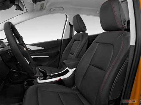 bold interieur chevrolet bolt prices reviews and pictures u s news