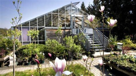 Wohnhaus Im Gewächshaus by Anders Wohnen 16 Die Im Glashaus Sitzen Anders Wohnen