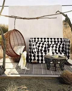 Hängesessel Garten Wetterfest : 39 terrassengestaltung ideen mit h ngesesseln f r garten ~ Watch28wear.com Haus und Dekorationen