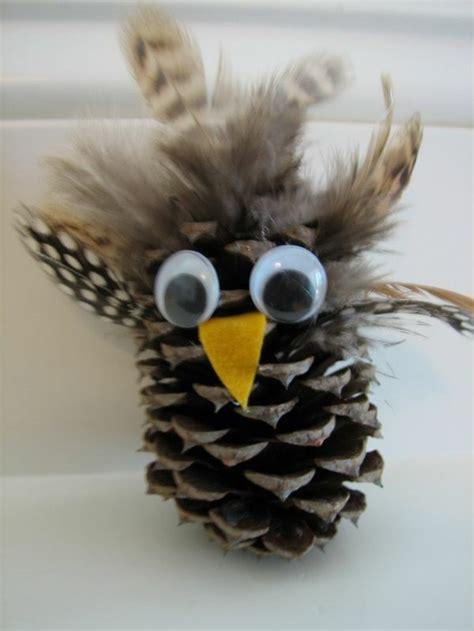 basteln mit tannenzapfen weihnachten 1001 ideen f 252 r deko mit tannenzapfen zum erstaunen