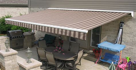retractable awnings patio awnings thatcher