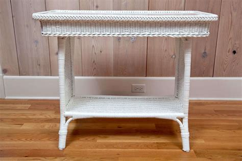 Antique Wicker Table At 1stdibs Audrey Sofa Bed Jennifer Convertible Royal Blue Living Room Rooms To Go Slipcovered Sofas Italian Leather Sectionals Klippan Hack Gray Decor Turn Twin Mattress Into Set Showroom In Delhi