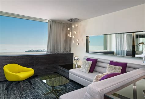 livingroom suites an updated lakefront luxury hotel in chicago pursuitist