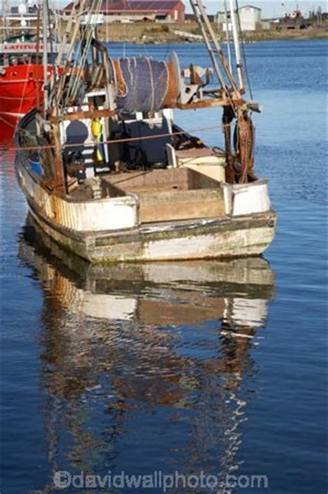 Fishing Boats For Sale South Coast Uk by Fishing Boat Greymouth Harbour West Coast South Island