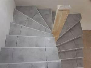 Carreler Des Marches D Escalier Exterieur : poser du carrelage dans un escalier tournant ~ Melissatoandfro.com Idées de Décoration