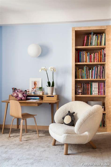 fauteuil chambre fauteuil jeux with classique sous sol décoration