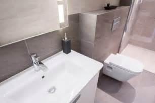 neue badezimmer trends das badezimmer sanieren und modernisieren
