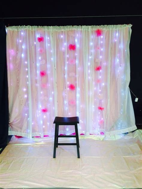 Backdrop Ideas For School by Backdrop For Pictures At