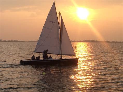 Valk Zeilboot by Valk Zeilboot Zeilschool T Stekelbaarsje