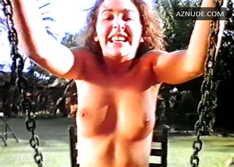 Viciosas Al Desnudo Nude Scenes Aznude