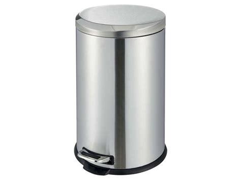 poubelle meuble cuisine poubelle cuisine 20 l dusty 4 coloris argenté chez conforama