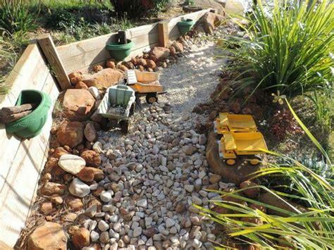 trucks rocks and sands tuin ideen kinderen natuurlijke