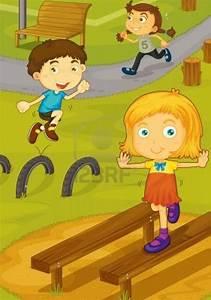 niÑo jugando en el patio Colouring Pages