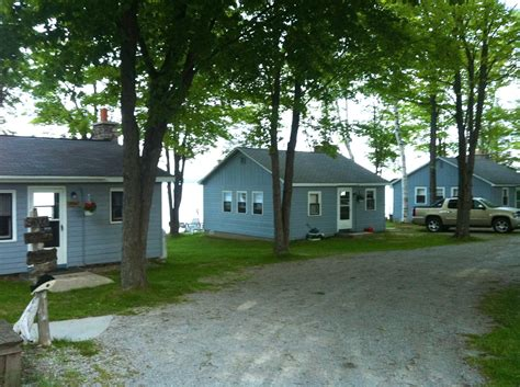 Cottage Rentals by Cottages For Rent