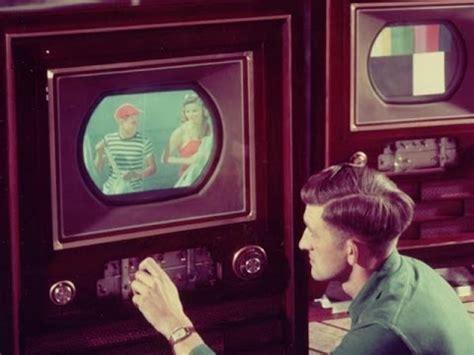 when did color tv come out color television noggin 0