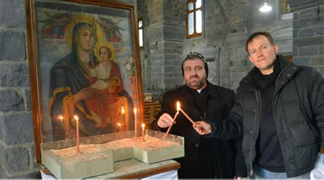 syria s christians siege in aleppo