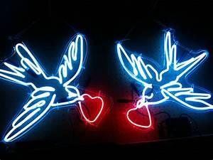 Custom Made Neon Art Birds By Studio Glow