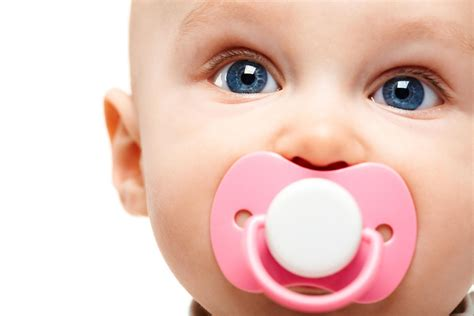 Pedias And Dentists Reveal When And How Long Babies Should