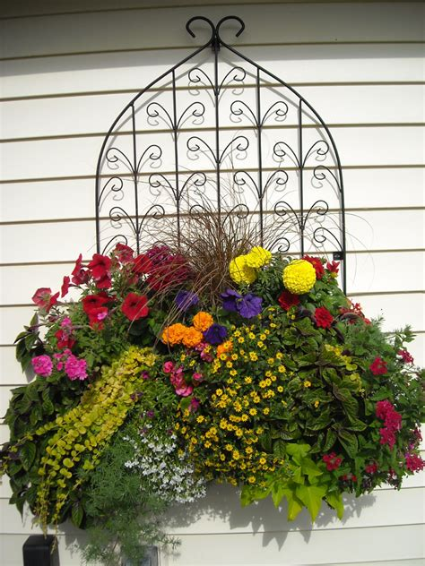 Wall Planter Box by Window Box And Wall Planter Photo Gallery Kinsman Garden