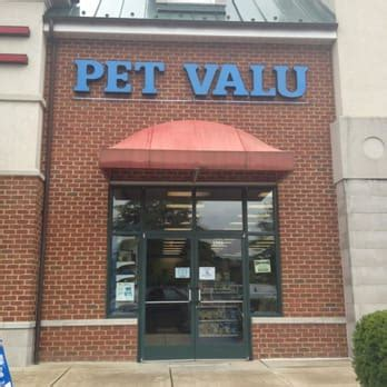 pet valu 13 photos 17 reviews pet shops 1308 main
