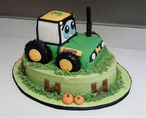 Tractor Cake Decorating