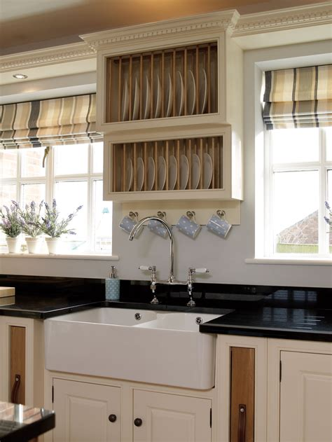 fitted kitchens  bespoke furniture company