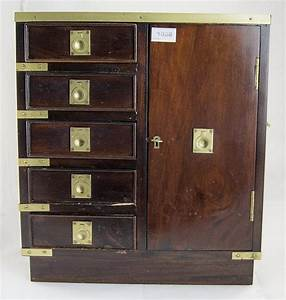 Small, Table, Top, Cabinet, Comprising, A, Bank, Of, 5, Short, Drawers