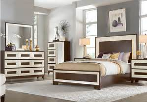 sofia vergara savona cherry 5 pc queen panel bedroom