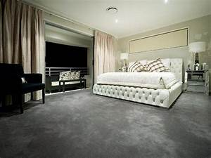 Modern bedroom design idea with carpet balcony using for Bedroom carpet colours