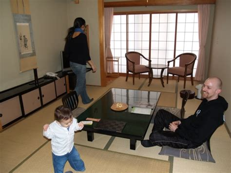 Japanese Dining Table Perth by Bathing And Sleeping The Traditional Japanese Way