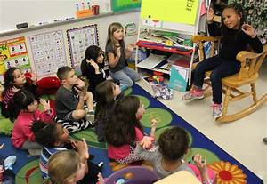 Troy Hofer 1st graders learn sign language from classmate ...