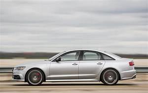 Comparison - BMW M5 4dr 2018 - vs - Audi A6 Sport quattro