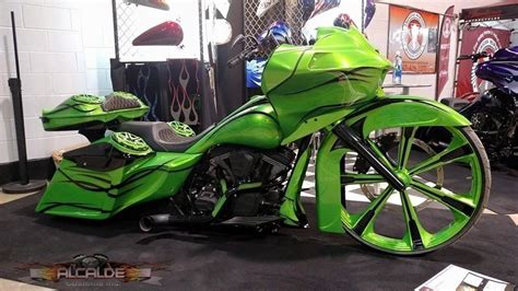 Custom Motorcycle Painting & Graphics