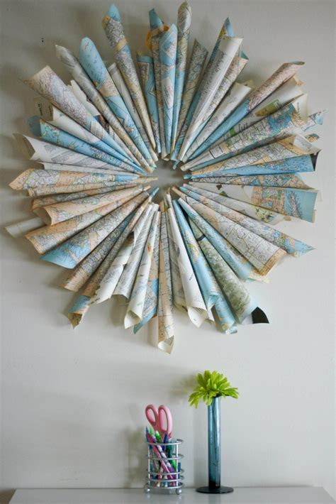 Diy With Maps Rolled Up Map Wreath Is A Gread Recycled