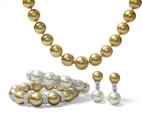 how to clean pearls connoisseurs tips on the best way to clean pearls