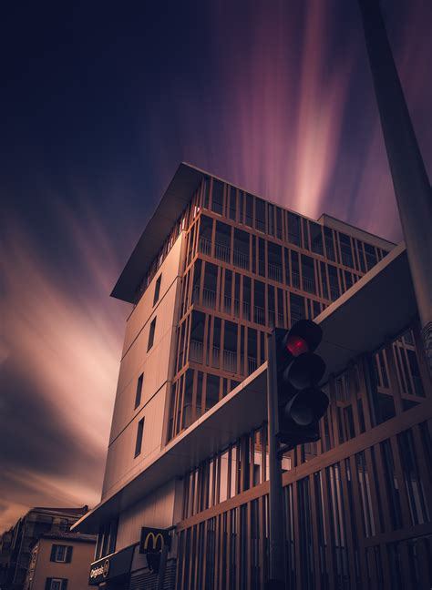wallpaper building architecture traffic lights dusk