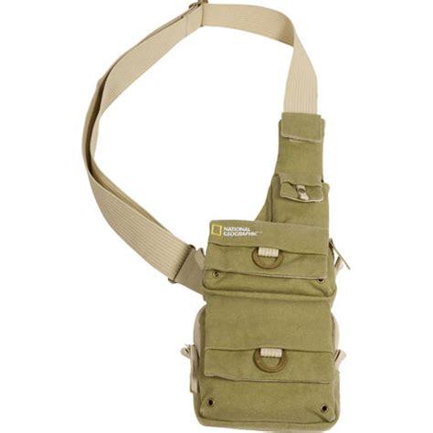 national geographic earth explorer small sling bag ng 4567 b h
