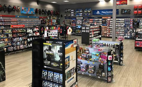 gamestop names  senior vice president  collectibles