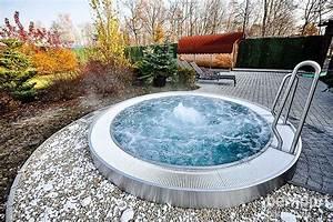 Whirlpool Outdoor Test : whirlpool rund outdoor bestway whirlpool layzspa whirlpool pluto galaxy plus outdoor ~ Buech-reservation.com Haus und Dekorationen
