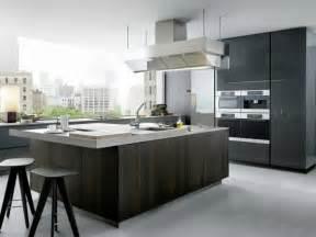 cuisine grise et bois la cuisine laquée une survivance ou un hit moderne