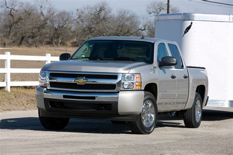 2012 Chevrolet Silverado 1500 Hybrid Review, Pictures & Price