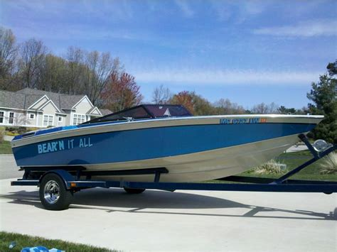 Play Boat by 1985 Powerquest Powerplay 185 Xlt Powerboat For Sale In
