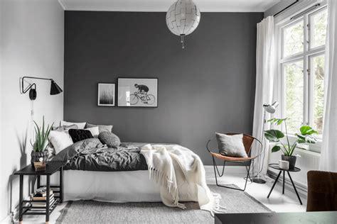 Se nella tua casa c'è poco spazio potresti optare per una cornice da appendere. Arredare la camera da letto: guida pratica in 4 passi | La gatta sul tetto | Arredamento camera ...