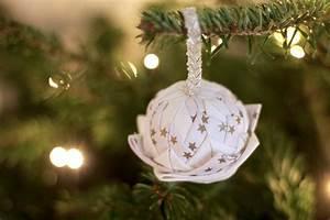 Tissu De Noel : diy des boules de no l en tissu les jolis mondes ~ Preciouscoupons.com Idées de Décoration